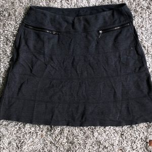 Athleta Zipper pocket skirt
